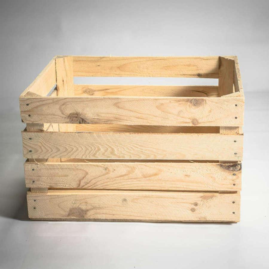 caisse en bois neuve. Black Bedroom Furniture Sets. Home Design Ideas