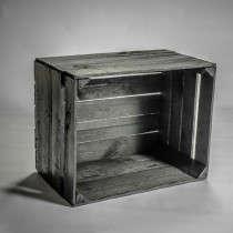 Caisse en bois noir