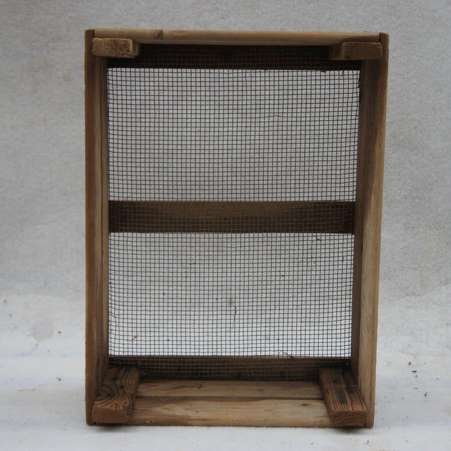 cagette bois ancienne affordable cagette bois dedans cageot cagette ancien de maraicher en bois. Black Bedroom Furniture Sets. Home Design Ideas