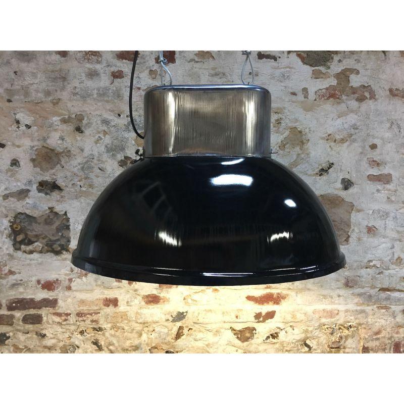 Lampe industrielle ovale noire haut poli