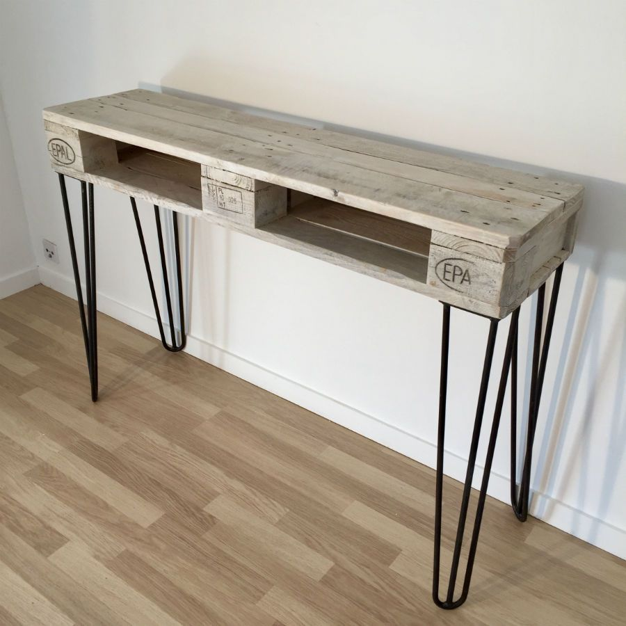 Console en palette europe blanchie for Mobilier palette europe