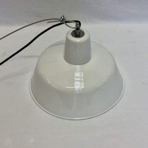 Lampe industrielle ronde émaillée blanche