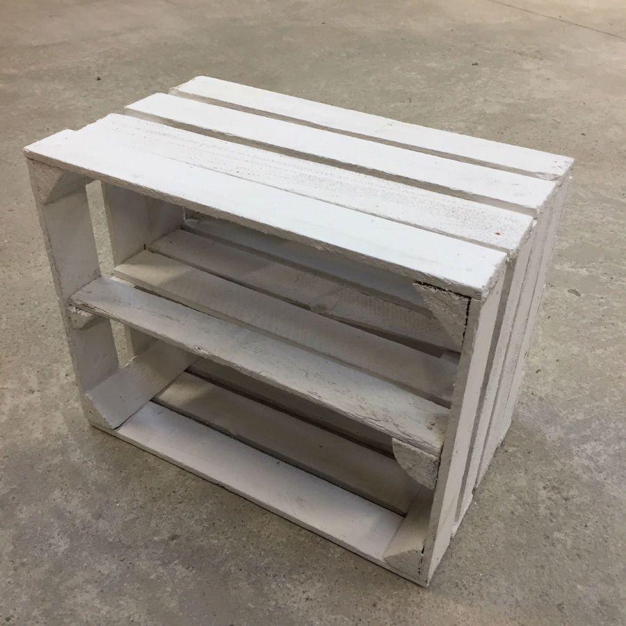 etag re horizontale caisse en bois blanche d class e madecovintage. Black Bedroom Furniture Sets. Home Design Ideas