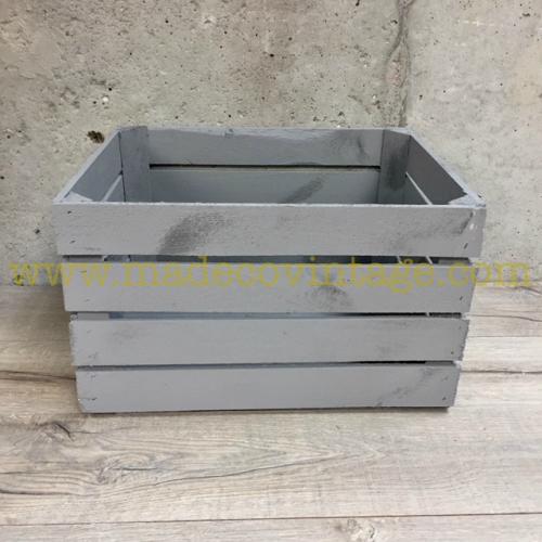 Caisse en bois grise déclassée