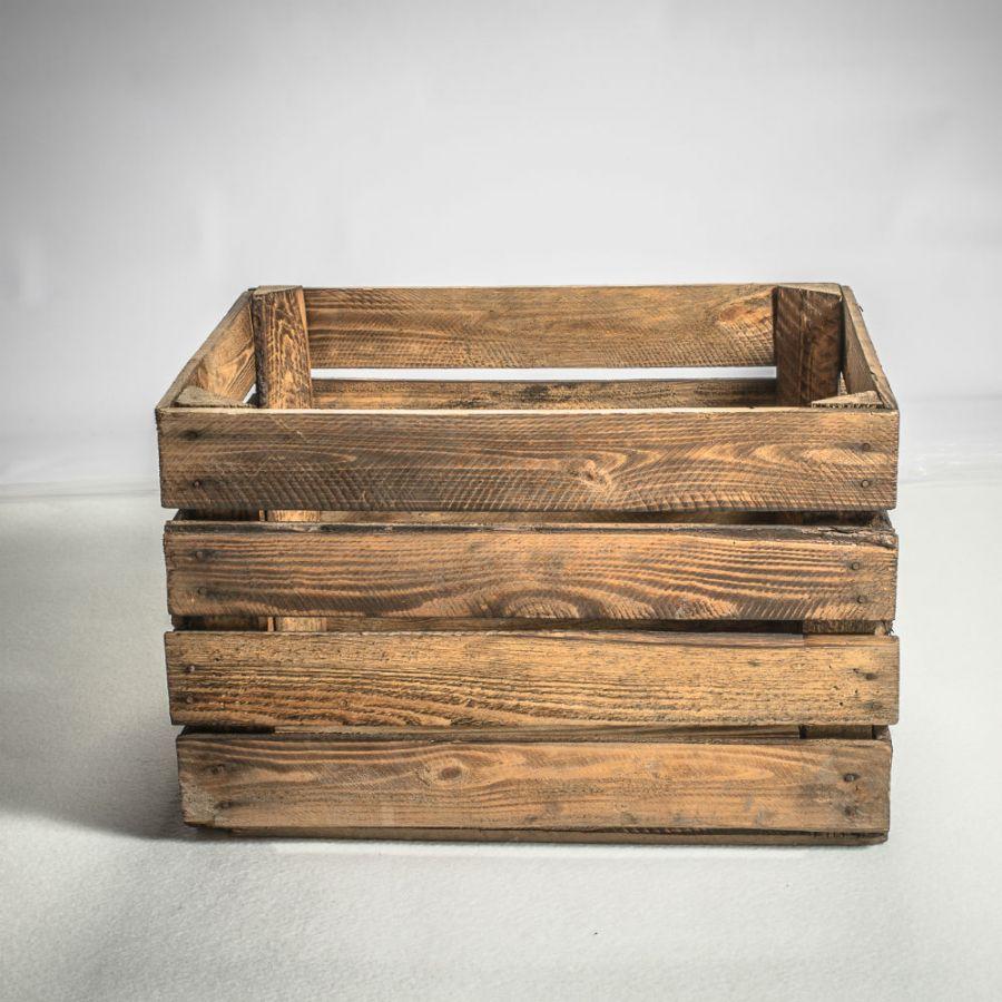 caisse en bois br l. Black Bedroom Furniture Sets. Home Design Ideas